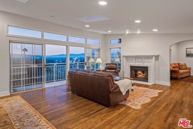 4164 Knobhill Drive, Sherman Oaks, CA 91403 (MLS #19520620) :: Deirdre Coit and Associates