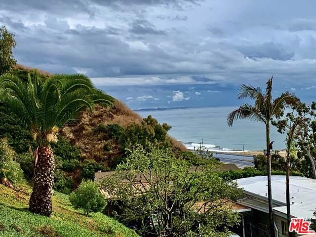 24 Samoa Way, Pacific Palisades, CA 90272 (MLS #19535418) :: The Sandi Phillips Team