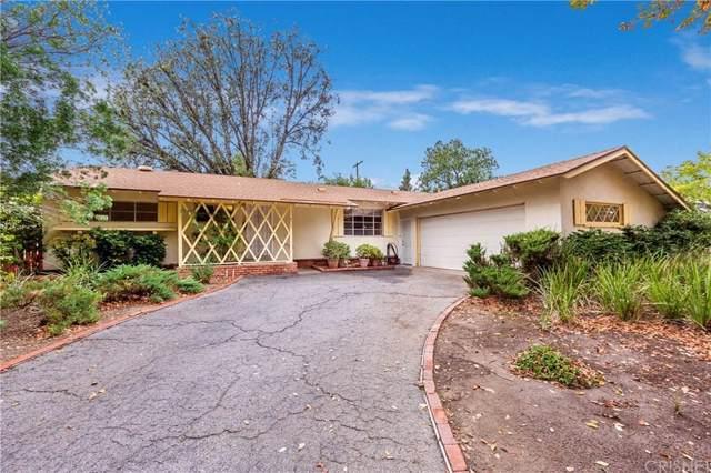 8117 Farralone Avenue, Canoga Park, CA 91304 (#SR19279630) :: The Pratt Group