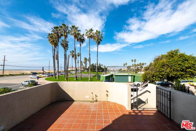 112 Convoy St, Playa Del Rey, CA 90293 (MLS #20-547902) :: The Sandi Phillips Team