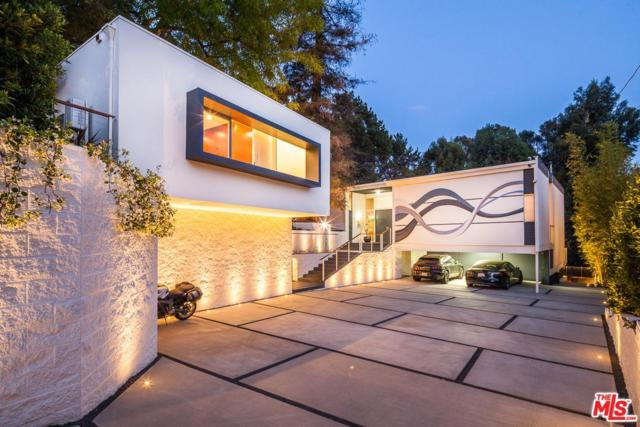11808 Kearsarge Street, Los Angeles (City), CA 90049 (#17244962) :: TBG Homes - Keller Williams