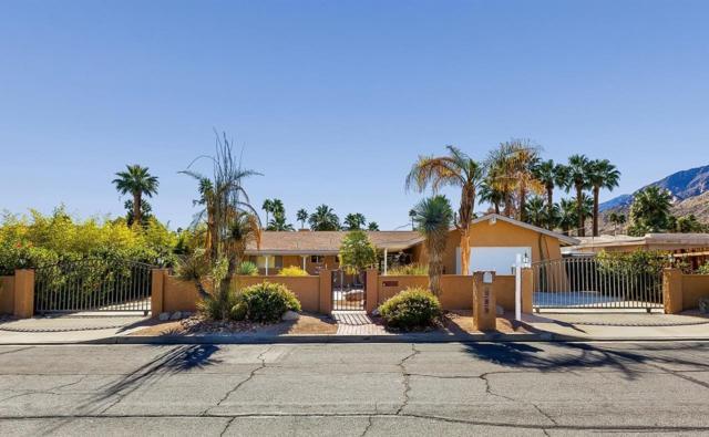 263 E Morongo Road, Palm Springs, CA 92264 (#317007129) :: The Fineman Suarez Team