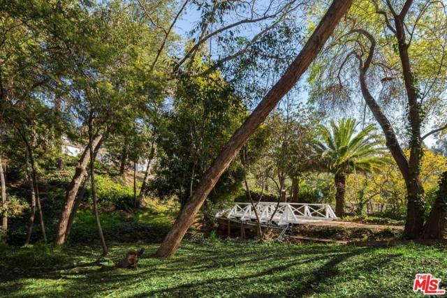 254 S Canyon View Drive, Los Angeles (City), CA 90049 (#17295070) :: The Fineman Suarez Team