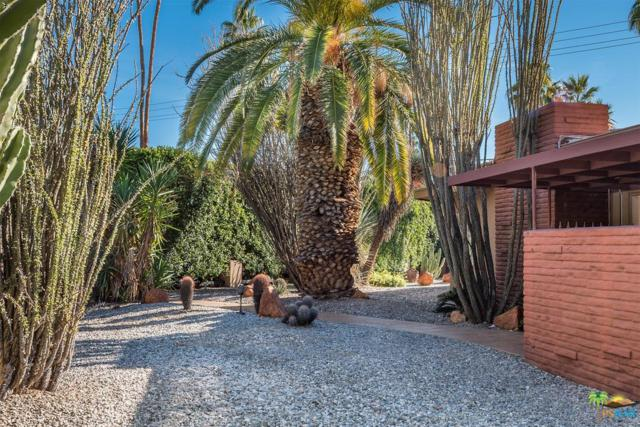 1009 S Paseo De Marcia, Palm Springs, CA 92264 (#17295662PS) :: California Lifestyles Realty Group