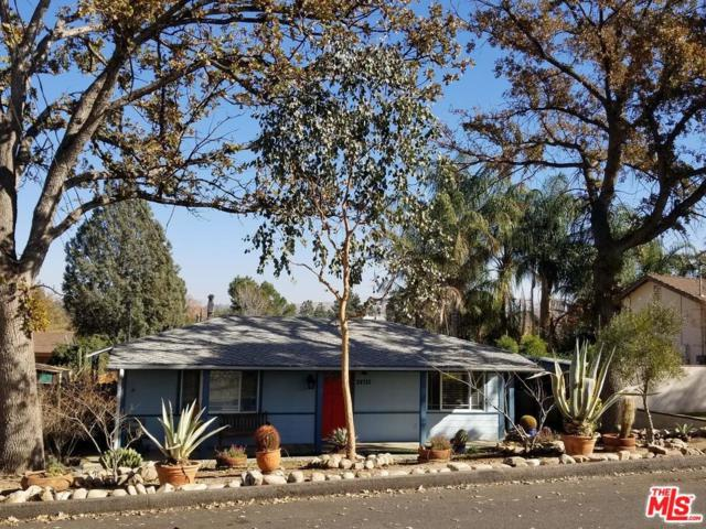 24710 Arcadia Street, Newhall, CA 91321 (#18302648) :: The Real Estate Offices of Talbot and Watson