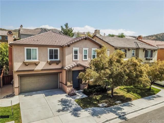 17408 Dusty Willow Court, Canyon Country, CA 91387 (#SR18109568) :: Heber's Homes