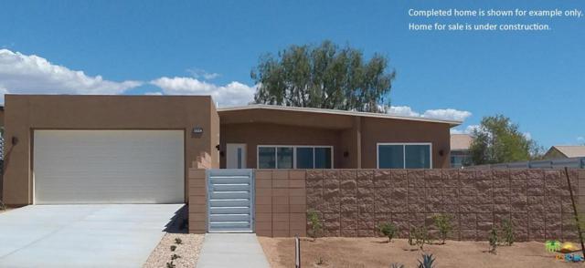 13997 Avenida  La Vista, Desert Hot Springs, CA 92240 (#18342602PS) :: The Fineman Suarez Team