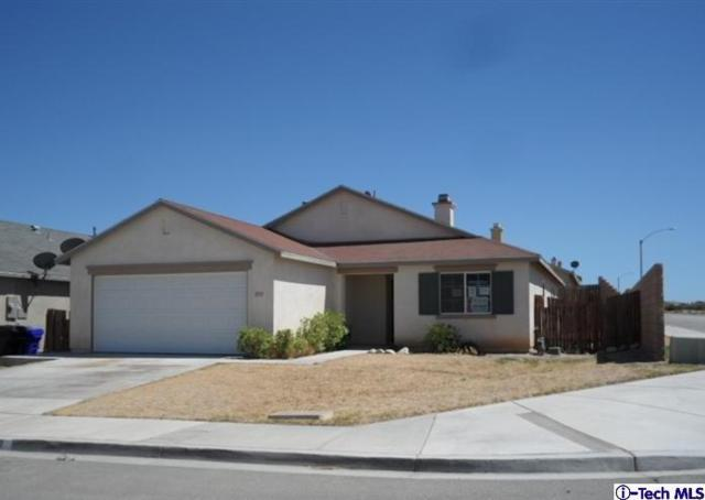 11711 Charwood Road, Victorville, CA 92392 (#318001854) :: TruLine Realty