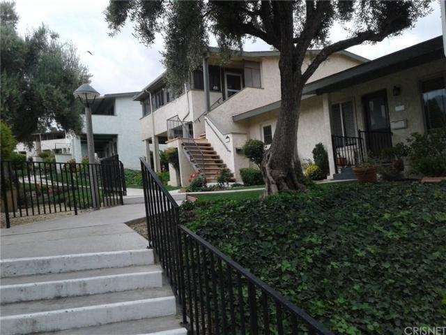 19724 Avenue Of The Oaks #54, Newhall, CA 91321 (#SR18122868) :: Heber's Homes