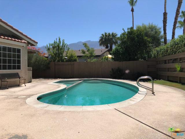 4060 E Mesquite Avenue, Palm Springs, CA 92264 (#18360426PS) :: Desti & Michele of RE/MAX Gold Coast