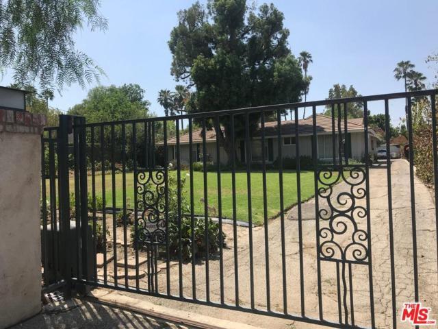 5401 Donna Avenue, Tarzana, CA 91356 (#18376040) :: Golden Palm Properties