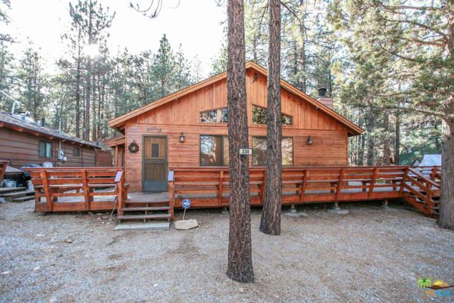 230 Pine, Sugarloaf, CA 92386 (#18391332PS) :: The Agency