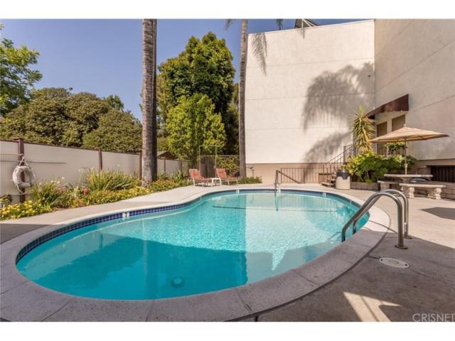 12801 Moorpark Street #102, Studio City, CA 91604 (#SR18248945) :: Golden Palm Properties