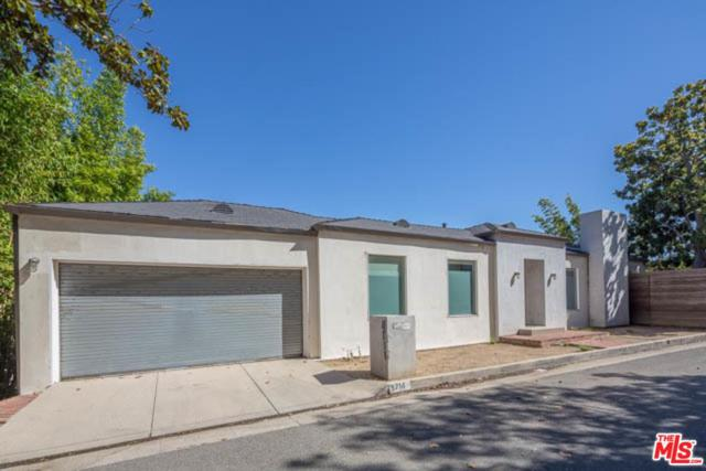 8714 St Ives Drive, Los Angeles (City), CA 90069 (#18398618) :: Golden Palm Properties