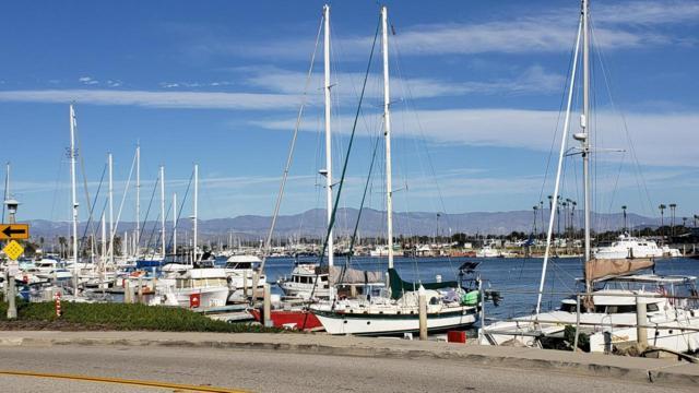 124 San Clemente Avenue, Oxnard, CA 93035 (#218013755) :: Desti & Michele of RE/MAX Gold Coast
