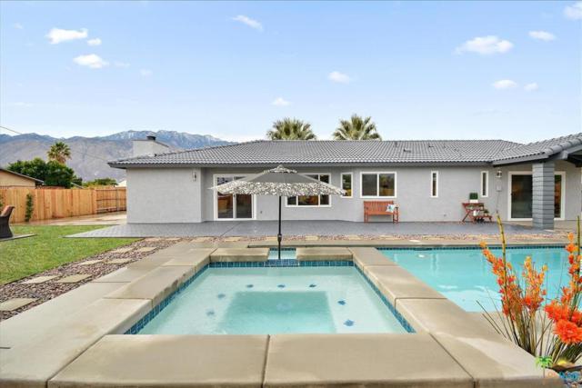 2774 N Cypress Road, Palm Springs, CA 92262 (#18414868PS) :: Fred Howard Real Estate Team