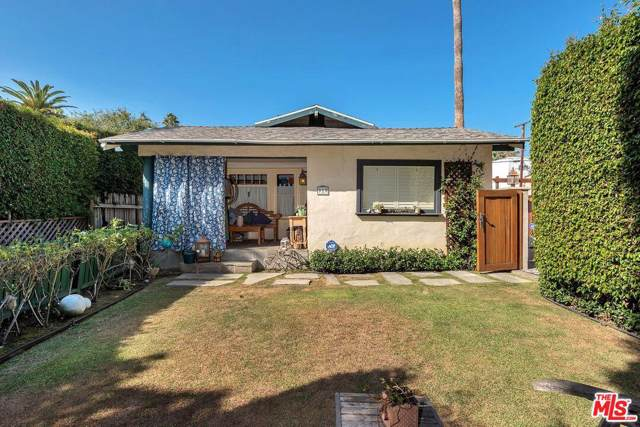 919 N Stanley Ave, West Hollywood, CA 90046 (MLS #19-523062) :: Zwemmer Realty Group