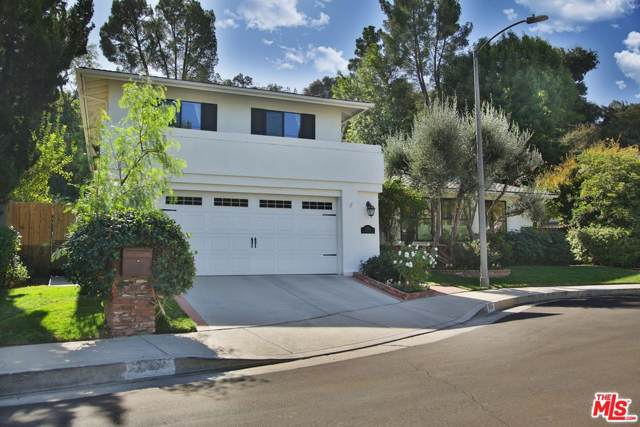 17264 Luverne Place, Encino, CA 91316 (#19520110) :: Lydia Gable Realty Group