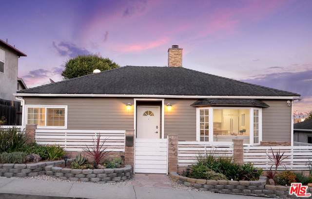7520 Earldom Avenue, Playa Del Rey, CA 90293 (#19527886) :: Randy Plaice and Associates