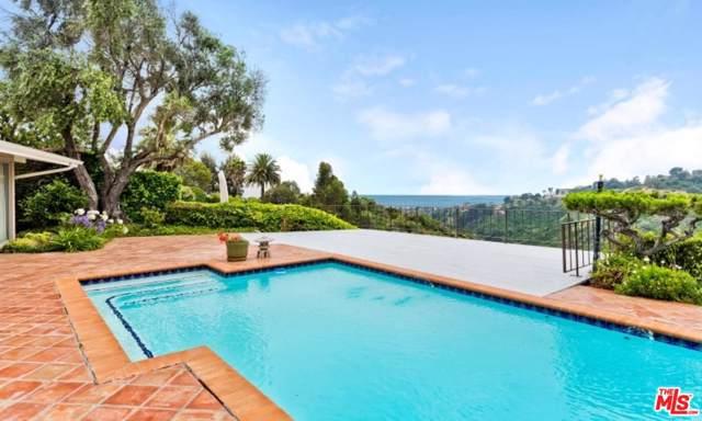 933 Enchanted Way, Pacific Palisades, CA 90272 (#19528180) :: Lydia Gable Realty Group