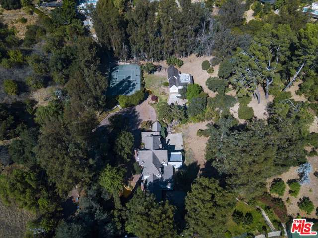 9855 Deep Canyon Pl, BEVERLY HILLS POST OFFICE, CA 90210 (MLS #19-528206) :: Hacienda Agency Inc