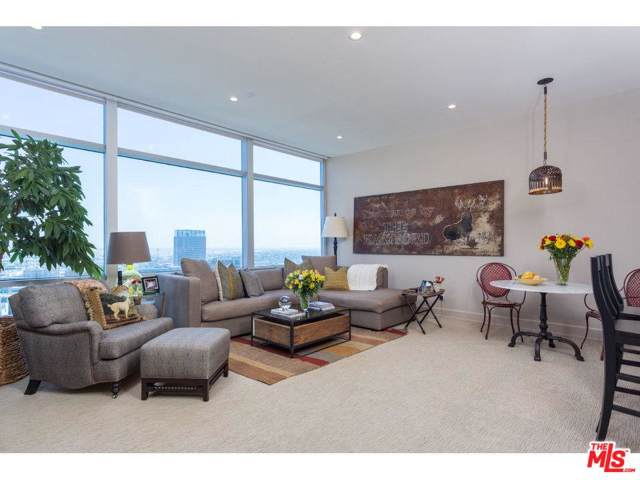 900 W Olympic Boulevard 30I, Los Angeles (City), CA 90015 (#19531158) :: TruLine Realty