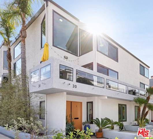 30 Quarterdeck Street #2, Marina Del Rey, CA 90292 (#19530946) :: The Pratt Group