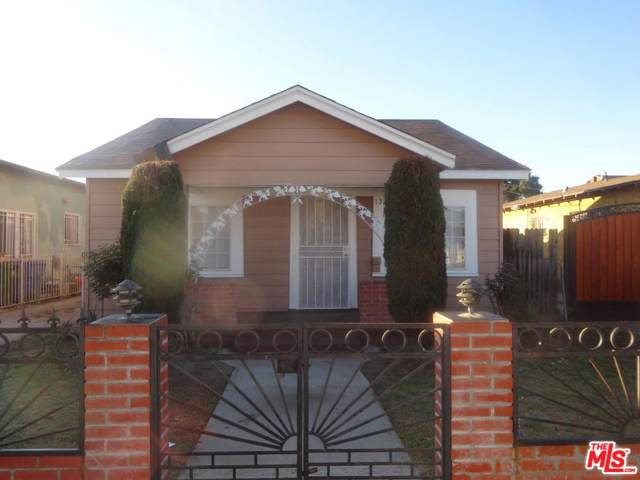 1332 W 65TH St, Los Angeles, CA 90044 (MLS #19-533282) :: The John Jay Group - Bennion Deville Homes