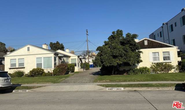 2044 Colby Avenue, Los Angeles (City), CA 90025 (#20544556) :: Pacific Playa Realty