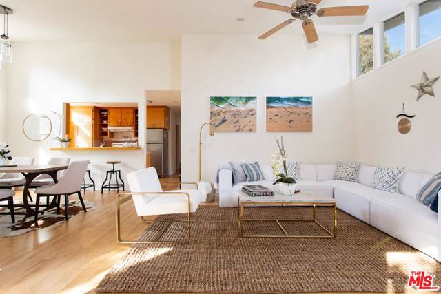 1686 Electric Avenue, Venice, CA 90291 (#20543418) :: Pacific Playa Realty