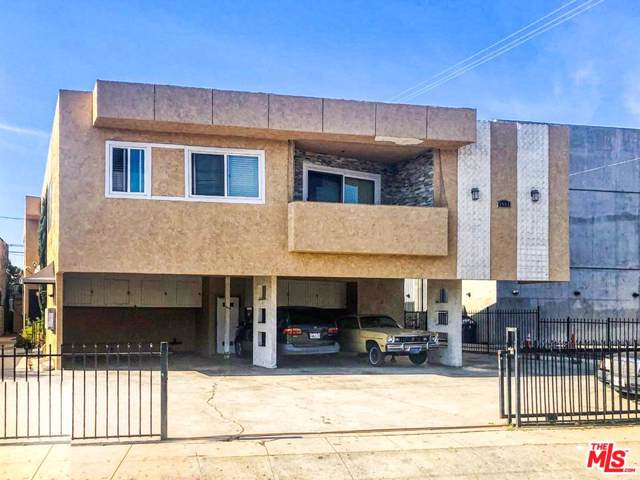 1911 S Palm Grove Ave, Los Angeles, CA 90016 (MLS #20-547498) :: Zwemmer Realty Group