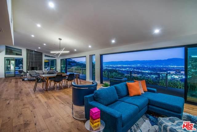 10855 Alta View Drive, Studio City, CA 91604 (MLS #20549938) :: Hacienda Agency Inc