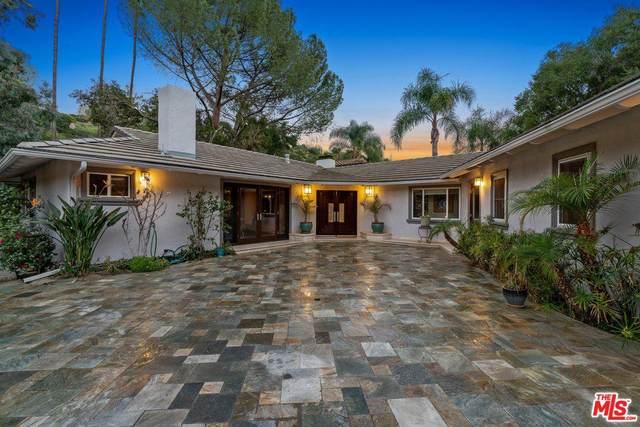3801 Hayvenhurst Avenue, Encino, CA 91436 (#20-552946) :: Randy Plaice and Associates