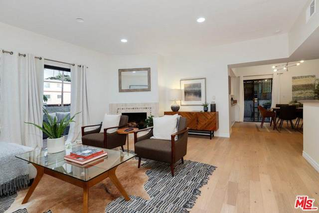 848 Lincoln Blvd A, Santa Monica, CA 90403 (MLS #20-565224) :: Zwemmer Realty Group