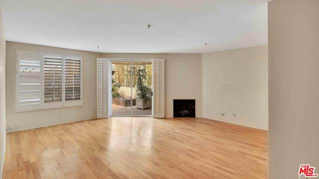 235 Main St #119, Venice, CA 90291 (#20-566522) :: Lydia Gable Realty Group