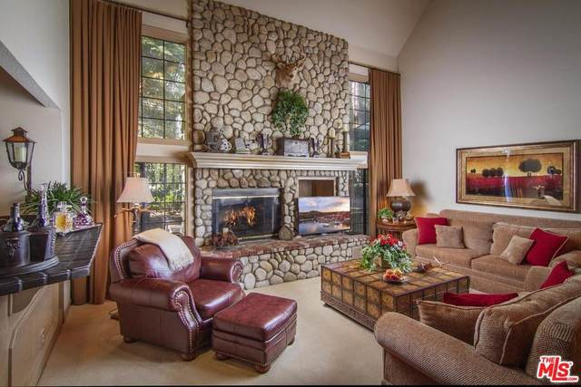 504 Meadow Bay Ct, Lake Arrowhead, CA 92352 (MLS #20-567826) :: The John Jay Group - Bennion Deville Homes