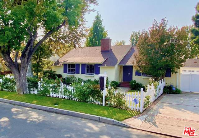4863 Matilija Ave, Sherman Oaks, CA 91423 (#21-785152) :: Compass