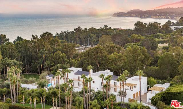 27405 Pacific Coast Hwy, Malibu, CA 90265 (MLS #21-785660) :: Mark Wise | Bennion Deville Homes