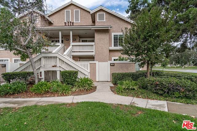 109 Greenfield #114, Irvine, CA 92614 (#21-792652) :: The Bobnes Group Real Estate