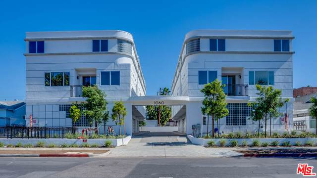 1060 S Bronson Ave #6, Los Angeles, CA 90019 (MLS #21-792950) :: The Jelmberg Team