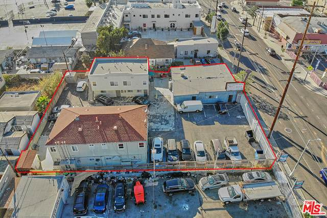 1452 W Jefferson Blvd, Los Angeles, CA 90007 (MLS #21-794522) :: The John Jay Group - Bennion Deville Homes