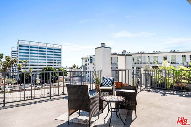 7124 Hollywood Blvd #1, Los Angeles, CA 90046 (MLS #21-796002) :: The John Jay Group - Bennion Deville Homes