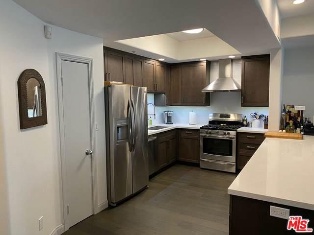 4477 Woodman Ave #202, Sherman Oaks, CA 91423 (#21-797326) :: Berkshire Hathaway HomeServices California Properties