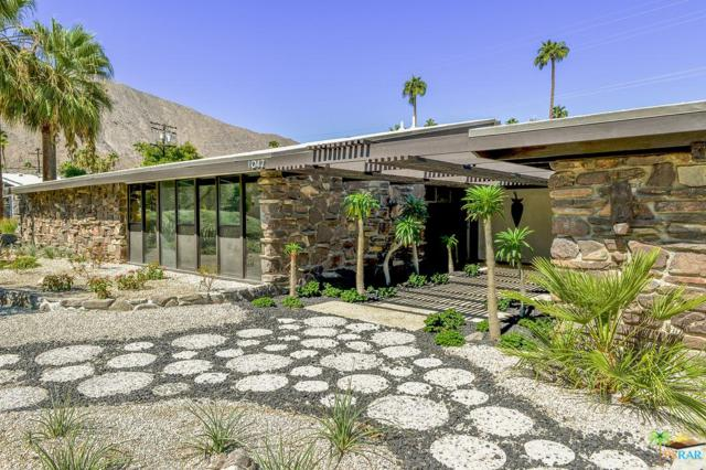 1042 E Apache Road, Palm Springs, CA 92264 (#18414062PS) :: Lydia Gable Realty Group