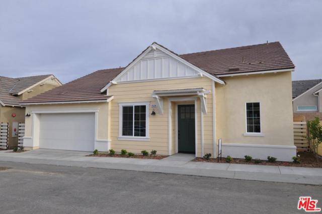 25124 Limetree Lane, Canyon Country, CA 91387 (#19419310) :: Golden Palm Properties