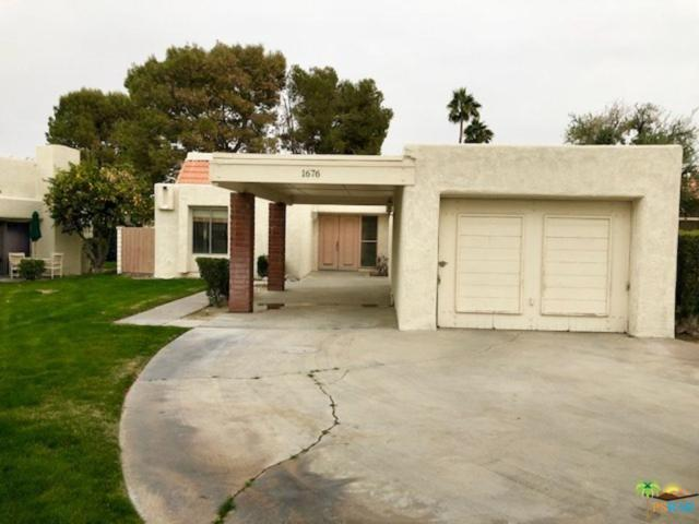 1676 Wack Wack Plaza, Palm Springs, CA 92264 (#18415470PS) :: Lydia Gable Realty Group