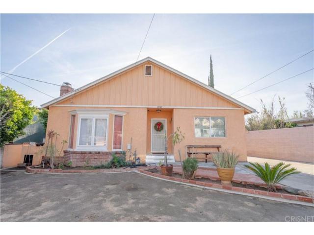 2042 8TH Street, San Fernando, CA 91340 (#SR19008706) :: Paris and Connor MacIvor