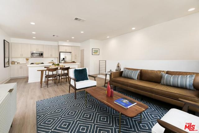 2111 N Cahuenga Boulevard #4, Hollywood, CA 90068 (#19425342) :: The Agency