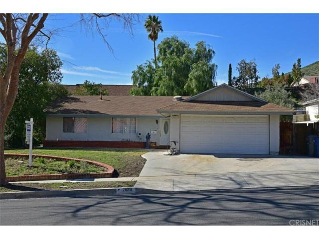28211 Bakerton Avenue, Canyon Country, CA 91351 (#SR19025877) :: Paris and Connor MacIvor