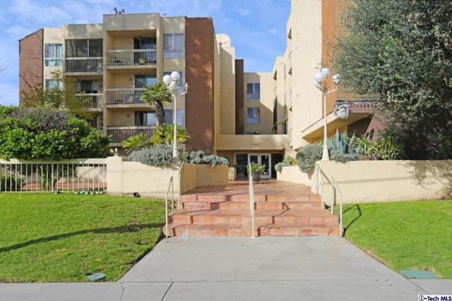 5143 Bakman Avenue #309, North Hollywood, CA 91601 (#319000594) :: Lydia Gable Realty Group